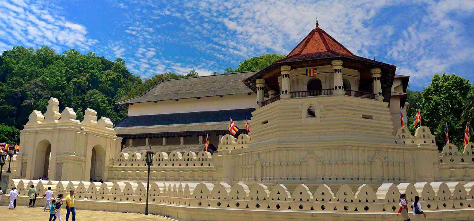 Historical places in sri lanka discover the heritage for Special landmarks