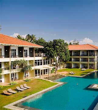 Panoramic views of the Heritance Ahungalla hotel & the pool